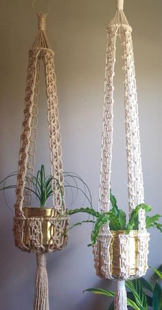 "This Listing is for the Macramé Pattern to make the above Kali Macramé Plant Hangers. This is an Intermediate Pattern so youll need to know the beginner knots: Square Knot, Larks Head & Wrap Knot. My Beginner Knots & Techniques Manual is not included. This pattern will show how to do the Horizontal Double Half Hitch on to a ring. The Jute Kali Hanger in the picture is 65"" long and the White Cotton Kali Hanger is 74"". You have the option to make either of these sizes or anything shor..."