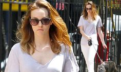 Doggy day care! Make-up free Leighton Meester walks pets