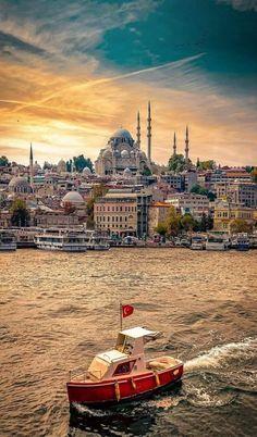 İstanbul Istanbul Tours, Istanbul City, Istanbul Travel, Mekka Islam, Wonderful Places, Beautiful Places, Turkey Photos, Beautiful Mosques, City Wallpaper