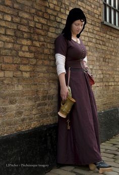 a late medieval ( 15th century) kirtle in wool, linen chemise, silk velvet veil and frontlet; all handstitched - by Prior Attire