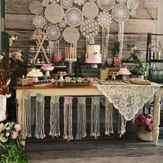 Bridal Shower: how it is, how to organize and what to order - - Boho Baby Shower, Bridal Shower, Bat Mitzvah Party, Bohemian Party Decorations, Bohemian Baby, Graduation, Moonflower, Bridal Shower Questions, Cake Table Decorations