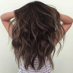 metallic brown balayage m a n e brown Brown Hair Shades, Brown Hair Colors, Brown Balayage, Balayage Hair, Bayalage, Haircolor, Hair Color And Cut, Dream Hair, Brunette Hair