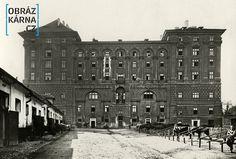 """Černínský palác /""""vojenský stav """", kol.1925/ Czech Republic, Ale, Louvre, Earth, Building, Travel, Prague, Historia, Viajes"""
