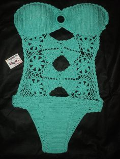 Mai� de croch� confeccionado com linha 100% algod�o. <br>Feito na cor e tamanho desejado.