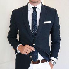 Gents do it better   @johann_christian_  #fashion #style #outfitoftheday #instawardrobe #ootd #ootdmen #mensfashion #menswear #menstyle  #dandy #tailored #lifestyle #suitup #bespoke #sartorial #sprezzatura #details #gentleman #gentlemanstyle #gents #suitandtie #suit #dressshirt #tie #pocketsquare