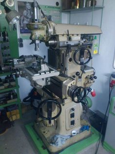 Milling Machine, Machine Tools, Metal Working Machines, Man Shed, Lathe, Monsters, Engineering, Workshop, Shops