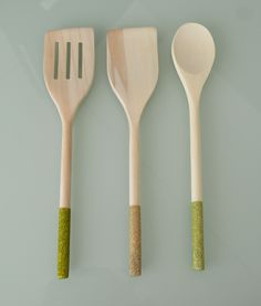 "#GlitterUtensils Wooden utensils are safe for non-stick cookware and glitter is sealed with a dishwasher safe finish so they're perfect for daily use! (or as just cute kitchen décor!)  For this listing - Utensils come in a set of 3. These make for a great gift!  What's included: 12"" Slotted turner in moss 12"" Turner in taupe 12"" Spoon in sage  -Kara Leigh Designs"