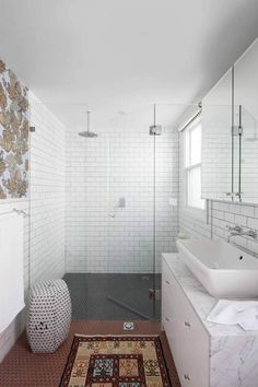 Stacey Kouros Design // bathroom