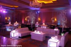 33 ideas for lounge seating wedding dance floors Wedding Reception Seating, Wedding Lounge, Seating Chart Wedding, Wedding Reception Decorations, Lounge Seating, Lounge Areas, Seating Plans, Office Seating, Soft Seating