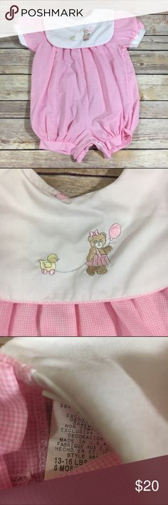 Alexis Pink White Gingham Romper Vintage 6 mo Alexis Pink White Gingham Romper Vintage 6 mo  Size is 6 mo, should fit like 3-6 mo.  Large collar with embroidered bear holding a balloon and pulling a duck toy.  Snaps between legs, buttons in back.  VGUC especially considering its age.  #alexis #romper #pink #white #gingham #bear #duck #balloon #vintage #playsuit #onepiece #easter #spring #summer Alexis One Pieces