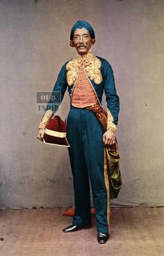 Pelukis Raden Saleh Sarif Bustaman sebelum 1880 Colorized oleh Oud-Indie The Lost World, East Indies, Antique Jewelry, Bali, Portraits, History, Photography, Fashion, Old Jewelry