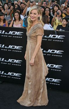 Sienna Miller at G.I. Joe The Rise Of The Cobra, Special Screening by Paramount Pictures