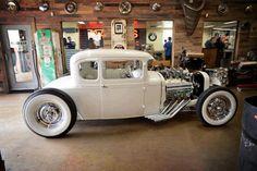 Paul Sr. Hot Rod built by Jesse James