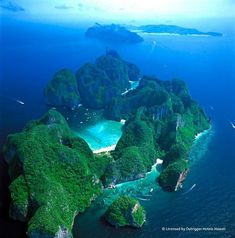 Maya Bay Beach, Thailand. Stay overnight camping and have the beach to yourself in the morning. #BastienGchr