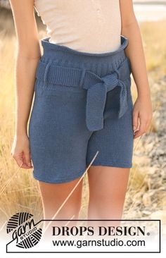 """Knitted DROPS shorts in stockinette st with belt in """"Cotton Light"""". Size: S - XXL Crochet Shorts, Knit Shorts, Crochet Lace, Lace Shorts, Drops Design, High Street Fashion, Knit Patterns, Clothing Patterns, Short Tejidos"""