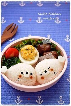 Adorable seal onigiri bento box