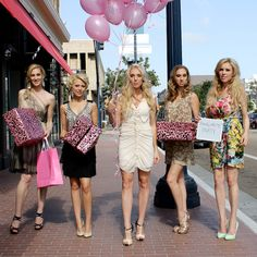 11 Bachelorette Party Ideas For A Classy Girl's Night Out Fashion Night, Classy Fashion, Party Fashion, Classy Bachelorette Party, Bachelorette Weekend, Holiday Party Dresses, Party Outfits, Classy Girl, Night Out Outfit