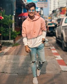 taom bomb you are tha best Cool Boy Image, Cute Boy Photo, Handsome Celebrities, Teen Celebrities, Celebs, Portrait Photography Men, Photography Poses For Men, My Cute Love, Stylish Photo Pose