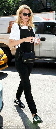 f7f6a952129f Love Blake Lively s Givenchy mini pandora box crossbody! Black Dungarees