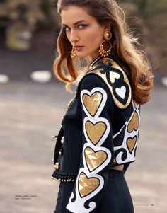 Moschino gold hearts