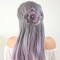 Rose Braid Just use your own hair to make a flower!So amazing🌹 Related posts: How to do five stand braid! Hair Braid Tutorial by Braid Tutorial (Muss man gesehen haben) Rose Schulter Tattoo für Frauen Rose Braid, Braid Flower, Hair Upstyles, Hair Videos, Hair Hacks, Dyed Hair, Hair Inspiration, Curly Hair Styles, Hair Makeup