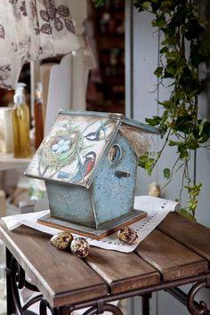 Μυστικά για το decoupage Drawing Videos For Kids, Decoupage Art, Decoupage Ideas, Bird Houses Painted, Timber Furniture, Art Journal Techniques, Tea Box, Diy Crafts To Sell, Shadow Box