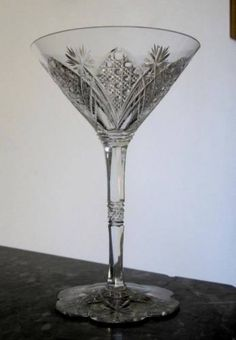 Exeptionnelle-coupe-a-champagne-en-cristal-taille-Baccarat-modele-Elbeuf-15-5