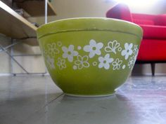 Vintage Pyrex Spring Blossom Crazy Daisy Mixing Bowl White Flowers Avocado Retro Kitchenware via Etsy