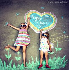 Great DIY Father's Day photo idea: Just need chalk, some sidewalk space, and willing children.
