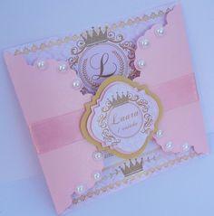 Convite Princesa Lindo convite produzido em papel perolado ! Interior do convite : papel fotográfico, acabamento perfeito ! Dimensões do Convite : 13 altura x12cm comprimento