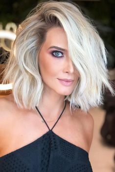 Hair Color 2017/ 2018 Eye-Catching Cool Toned Blonde #messyhair #bob #platinumbl... , #blondehair #blondehaircolor #blondehairstyles