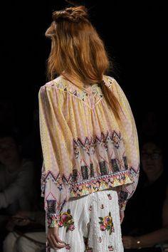 Anna Sui at New York Fashion Week Spring 2020 - Details Runway Photos New York Fashion, Fashion Brand, Runway Fashion, Fashion Show, Anna Sui Fashion, Pictures Of Anna, Streetwear Fashion, Fashion Photography, Street Wear