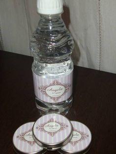 Agua personalizada e latinha