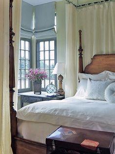 Love that bedside table/desk