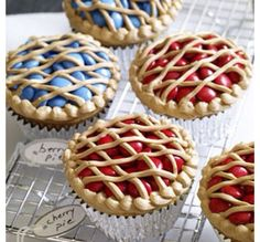 This is a awsome idea it is pie cupcakes!