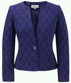 Cc Fashion, Fashion Wear, Look Fashion, Womens Fashion, Fashion Design, Blazers For Women, Suits For Women, Jackets For Women, Clothes For Women