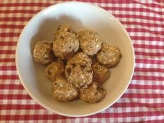 Meal Plan and Protein Snack Balls - Proverbial Homemaker