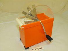 VTG 1950-70s Hand crank Food Slicer Chopper Orange Plastic