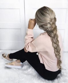Thick braid --> Hair Pinterest: @FlorrieMorrie00 Instagram: @flxxr__