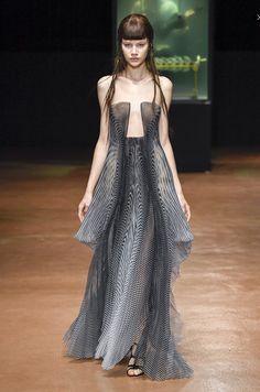 Iris Van Herpen 2017 Fall Couture