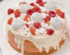 Eton Mess Cake 1 Eton Mess Cake, Raspberry, Strawberry, White Icing, White Chocolate, Vanilla Cake, Sweet Treats, Easter, Desserts