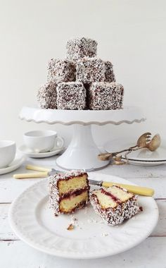 Cherry lamingtons - vanilla sponge filled with jam and coated in chocolate and coconut - Domestic Gothess Mini Desserts, Just Desserts, Delicious Desserts, Dessert Recipes, Anna Pavlova, Biscuits, Food Cakes, Croissants, Muffins