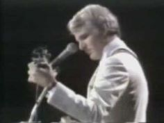 Steve Martin playing the banjo! Steve Martin Banjo, Silly Love Songs, Banjo Ukulele, Mountain Music, Bluegrass Music, My Big Love, Sing To Me, Country Songs, Folk Music