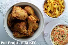 Reteta de pui prajit - pui ca la KFC - varianta homemade. Kfc, Coleslaw, Chicken Wings, Homemade, Meat, Recipes, Kitchen, Food, Salads