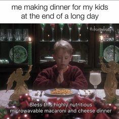 Funny Parenting Memes, Parenting Hacks, Funny Jokes, Bad Parenting, Parenting Teenagers, Parenting Classes, Gentle Parenting, Funny Laugh, Parenting Quotes