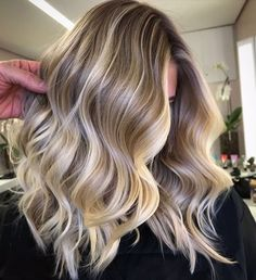 62 best of balayage shadow root babylights hair colors for 2019 48 Grey Balayage, Hair Color Balayage, Natural Blonde Balayage, Babylights Blonde, Beach Blonde Highlights, Balayage Highlights, Blonde Beach, Hair Lights, New Hair