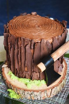We also made this awesome tree cake. It's a perfect centerpiece, and was a lot easier to make than it looks.   5 Delicious Snacks For A Lumbersexual Party