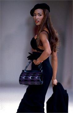 1991-92 - Azzedine Alaia show - Naomi Campbell