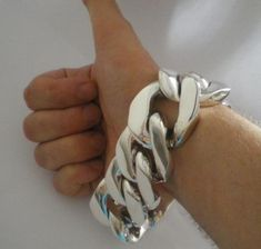 35 mm Mens Chunky Silver Bracelet with Curb Links. Chunky & Extra Heavy Weights made to order - up to 700 oz per piece. Heaviest Bracelets on the Net ? Chunky Silver Bracelet, Mens Silver Necklace, Silver Bracelets, Silver Jewelry, Cheap Silver Rings, Silver Ring Designs, Silver Man, Big Fashion, Bracelets For Men
