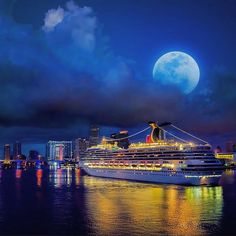 Carnival Valor in Miami under a full moon #CarnivalCruise #CarnivalValor #Miami Thank you for sharing @cruiseshippics11